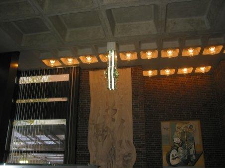 Neonkonst som vi renoverade.