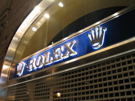 Nymans Ur Rolex. Profil 3 med vitlysande dioder.