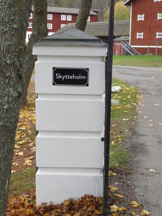 Skytteholm Ekerö har uppdaterat sina skyltar.